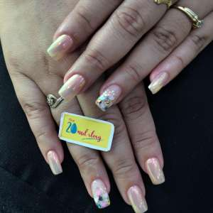 Nail Extension Salon Near me