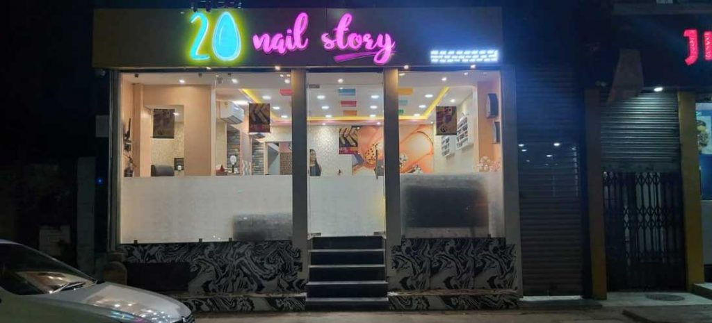 the 20 nail story studio fount