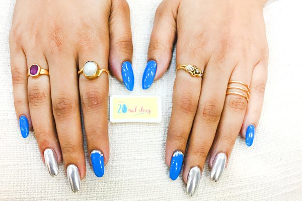 blue and grey nail art for summer